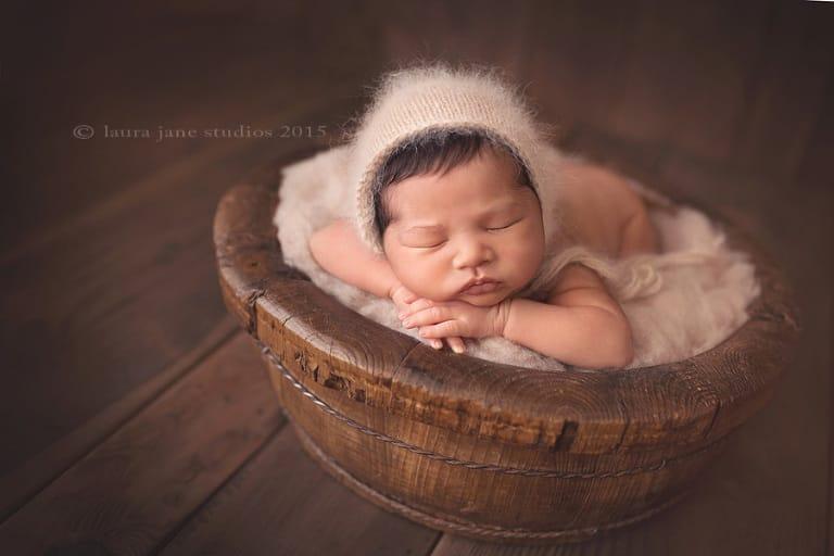 newborns » Laura Jane Studios